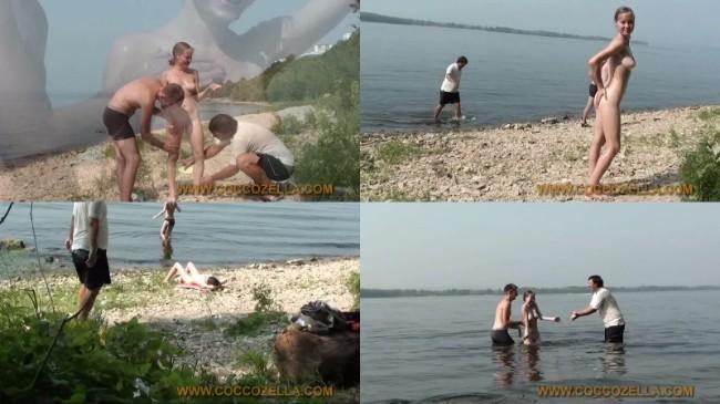 [Image: 0039_NudVid_Nudist_Beach_Kirbon_Mari_Bea..._Girls.jpg]